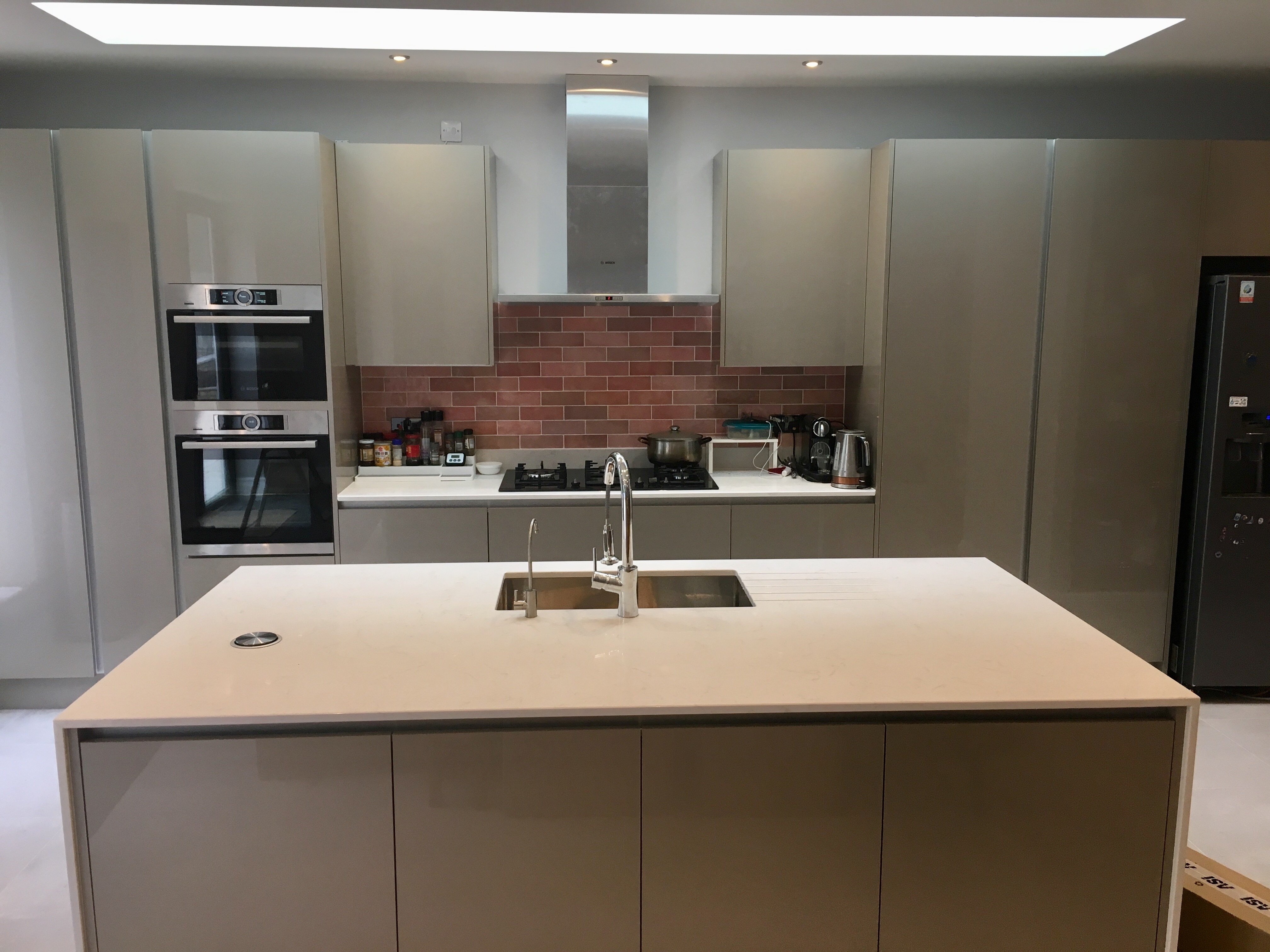 True Handleless Kitchen